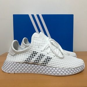 NEW Adidas Deerupt Runner Women's Size 7 / 5.5Y
